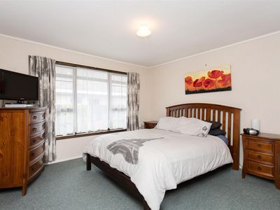 1/172 Sawyers Arms Road, Bishopdale