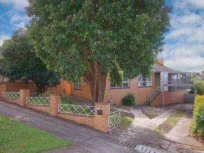 15 Edgecombe Street, Hamlyn Heights
