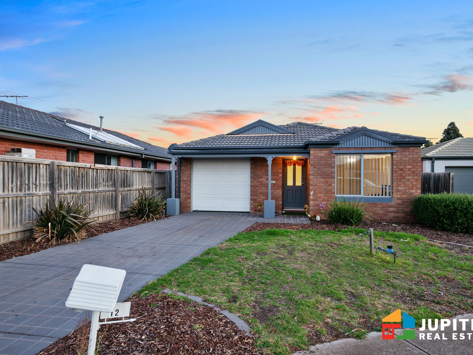12 Alice Way, Tarneit