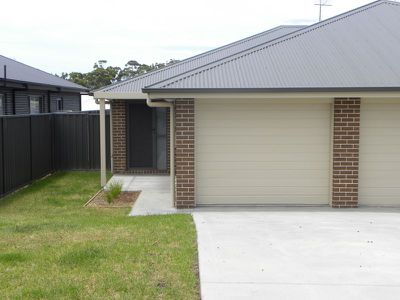 9A Hastings Parade, Sussex Inlet