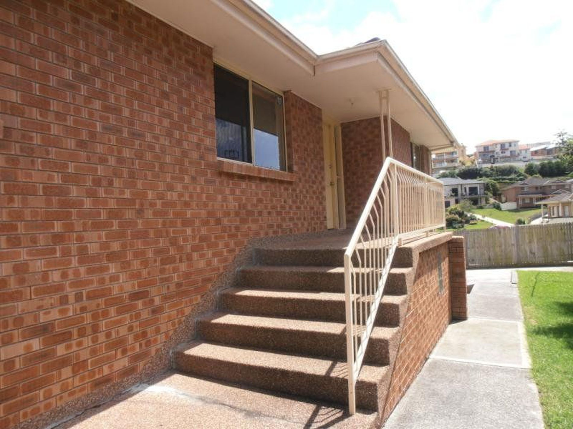 4 / 320-322 Flagstaff Road, Lake Heights