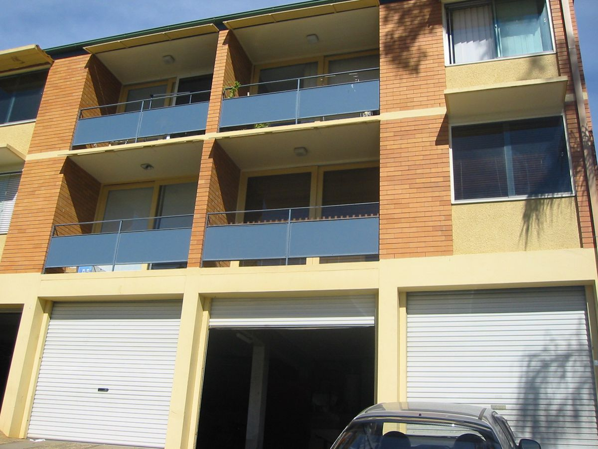 2 / 5 Sir Fred Schonell Drive, St Lucia