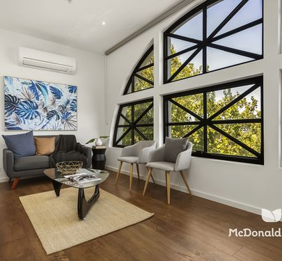 301 / 16 Leake Street, Essendon