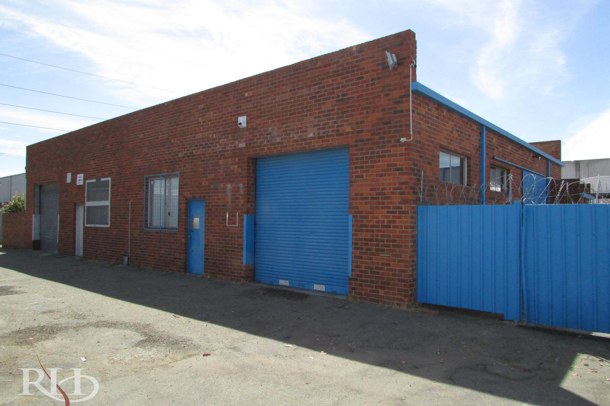 137m² Office and Warehouse plus Yard