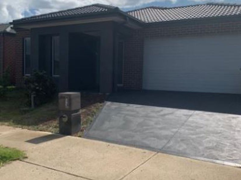 128 Haze Drive, Point Cook
