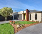 5 & 5A Potton Ave, Rosebud