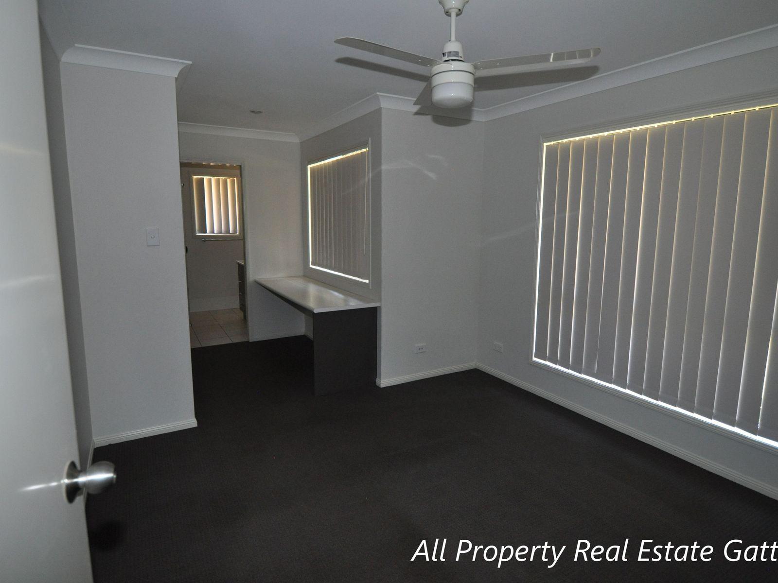 Room 3 / 8 Boysen Court, Adare