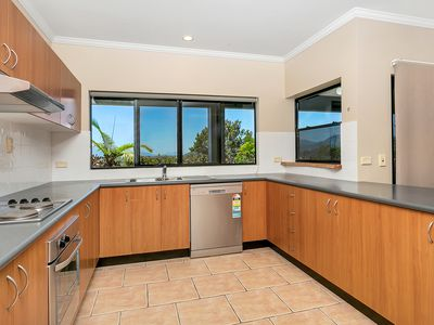 2 Jumna Close, Bentley Park