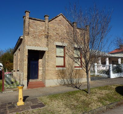 88 Bank Street, Molong