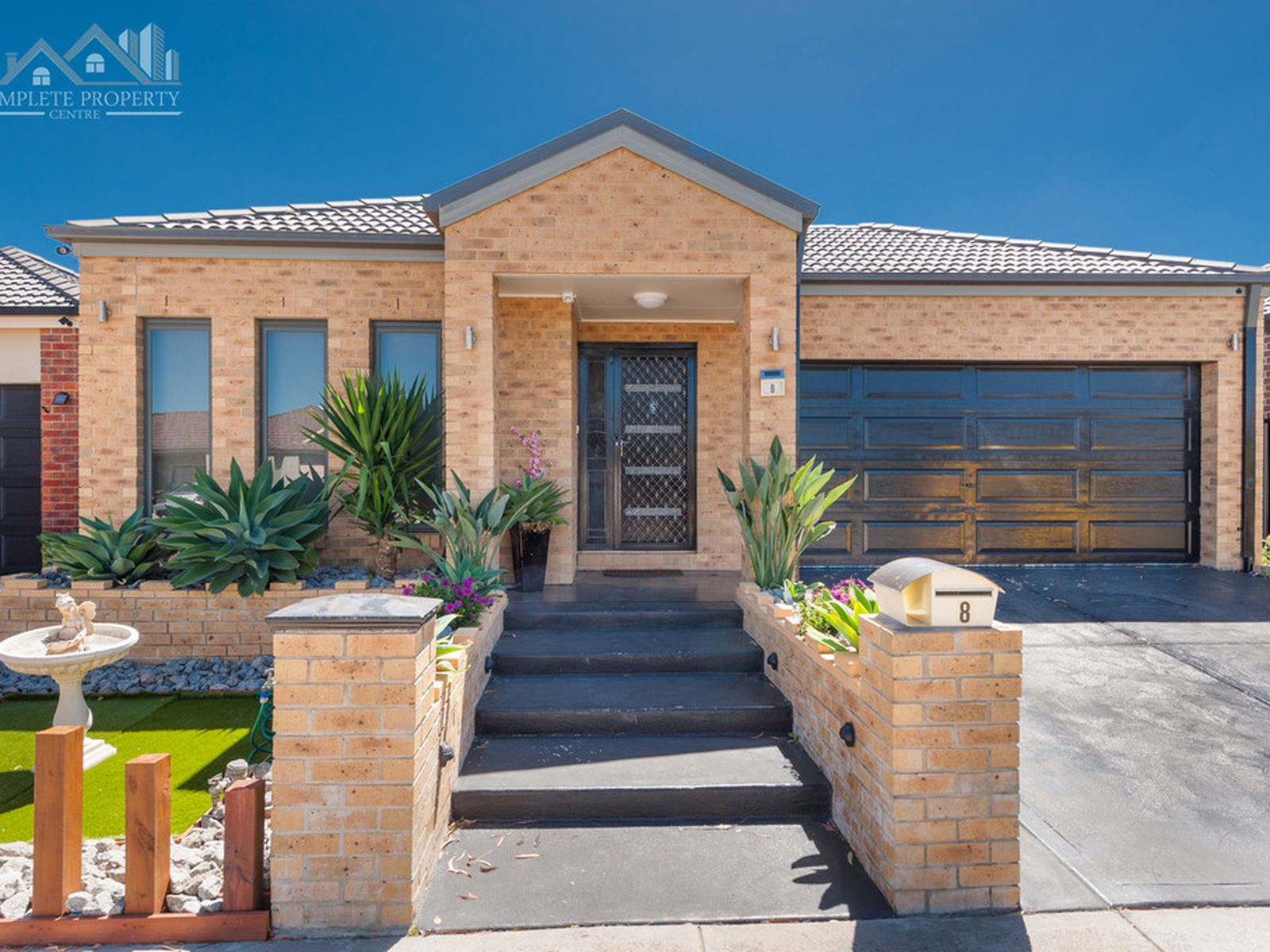 8 Middlesborough Drive, Craigieburn