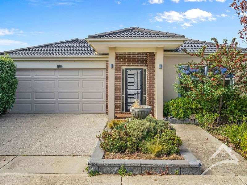 3 OCEANWAVE PARADE, Point Cook