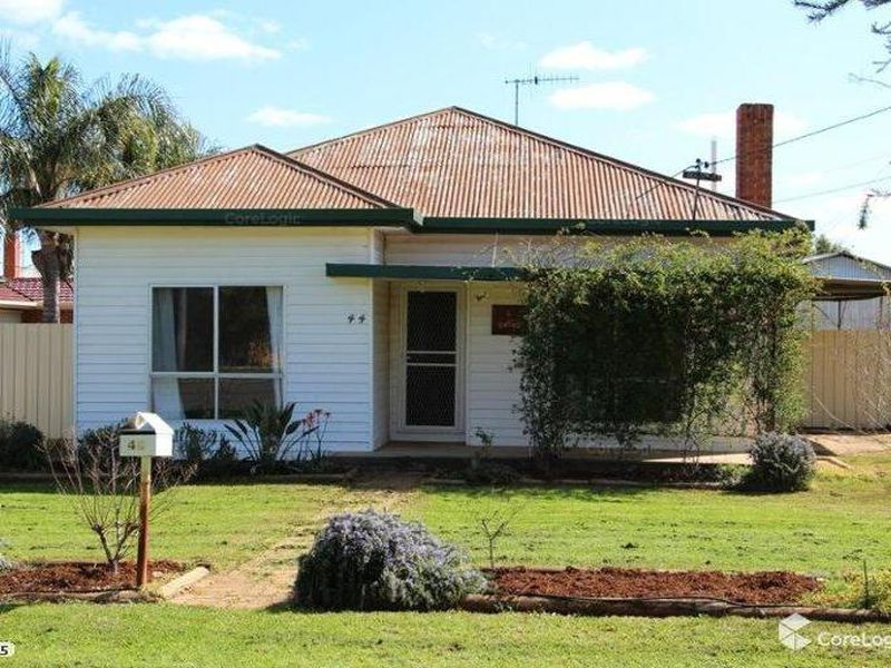 44 Bowditch Street, Griffith