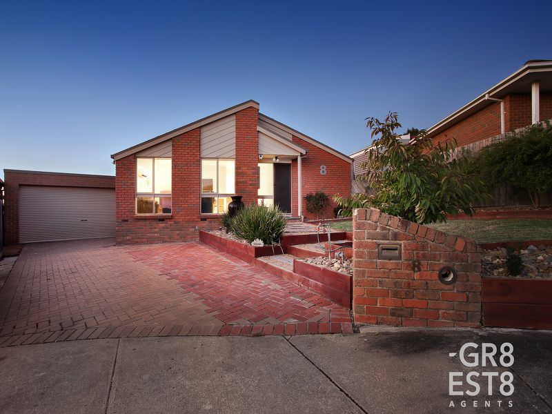 8 Diosma Court, Narre Warren