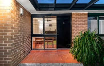 Unit 3 / 122 Glenlyon Road, Brunswick
