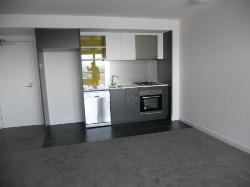 1102/240 Barkly Street, Footscray