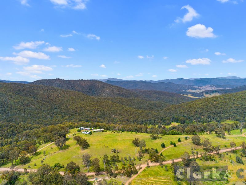 534 Three Chain Road, Boorolite