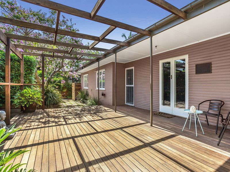 71 Stannard Rd, Manly West