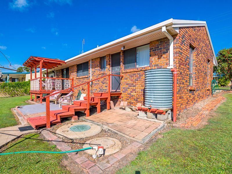24 Petrel Avenue, River Heads