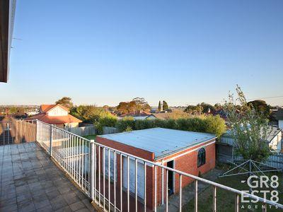 8 Lockington Crescent, Dandenong