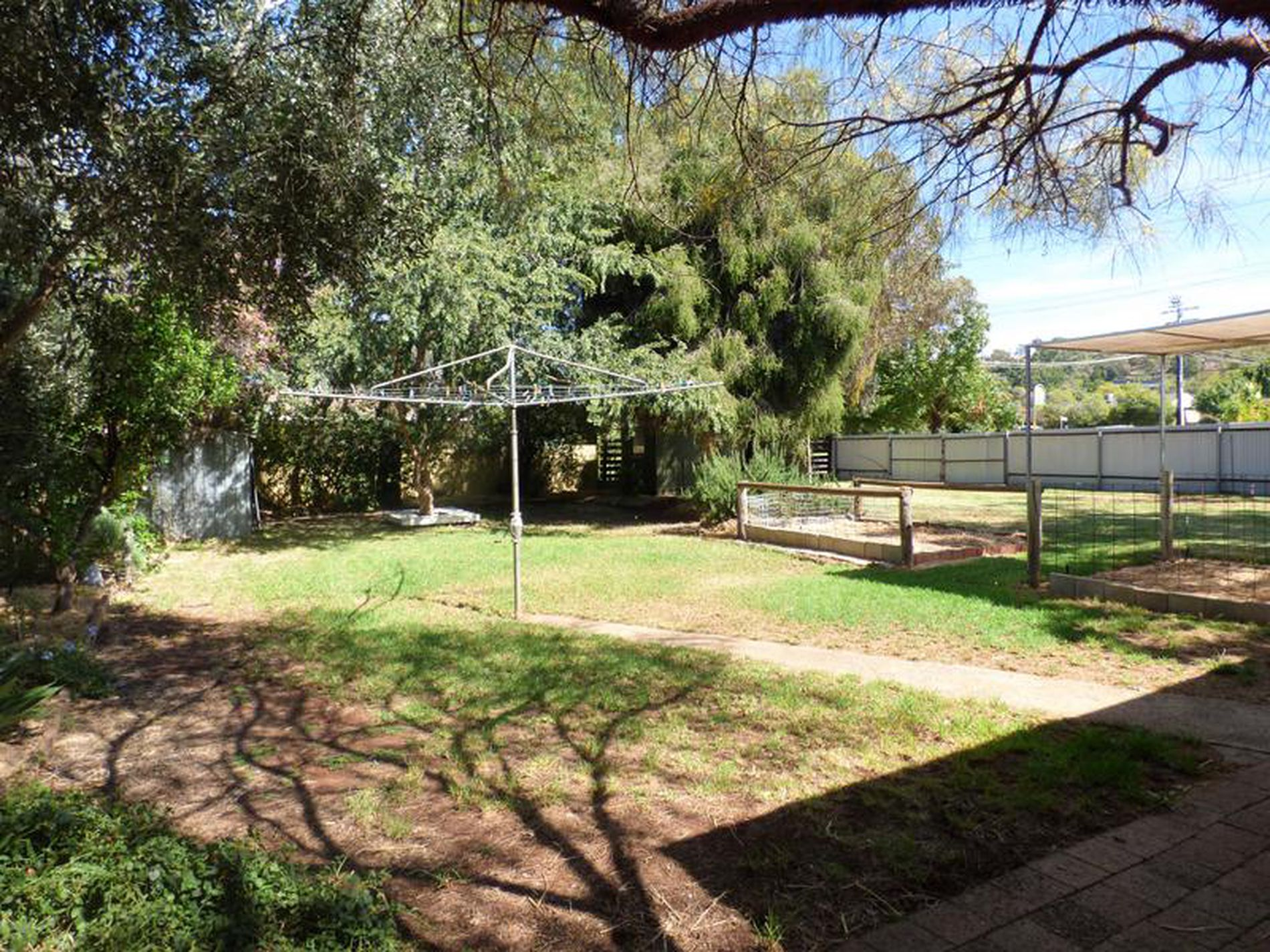 95 Blumer Avenue, Griffith