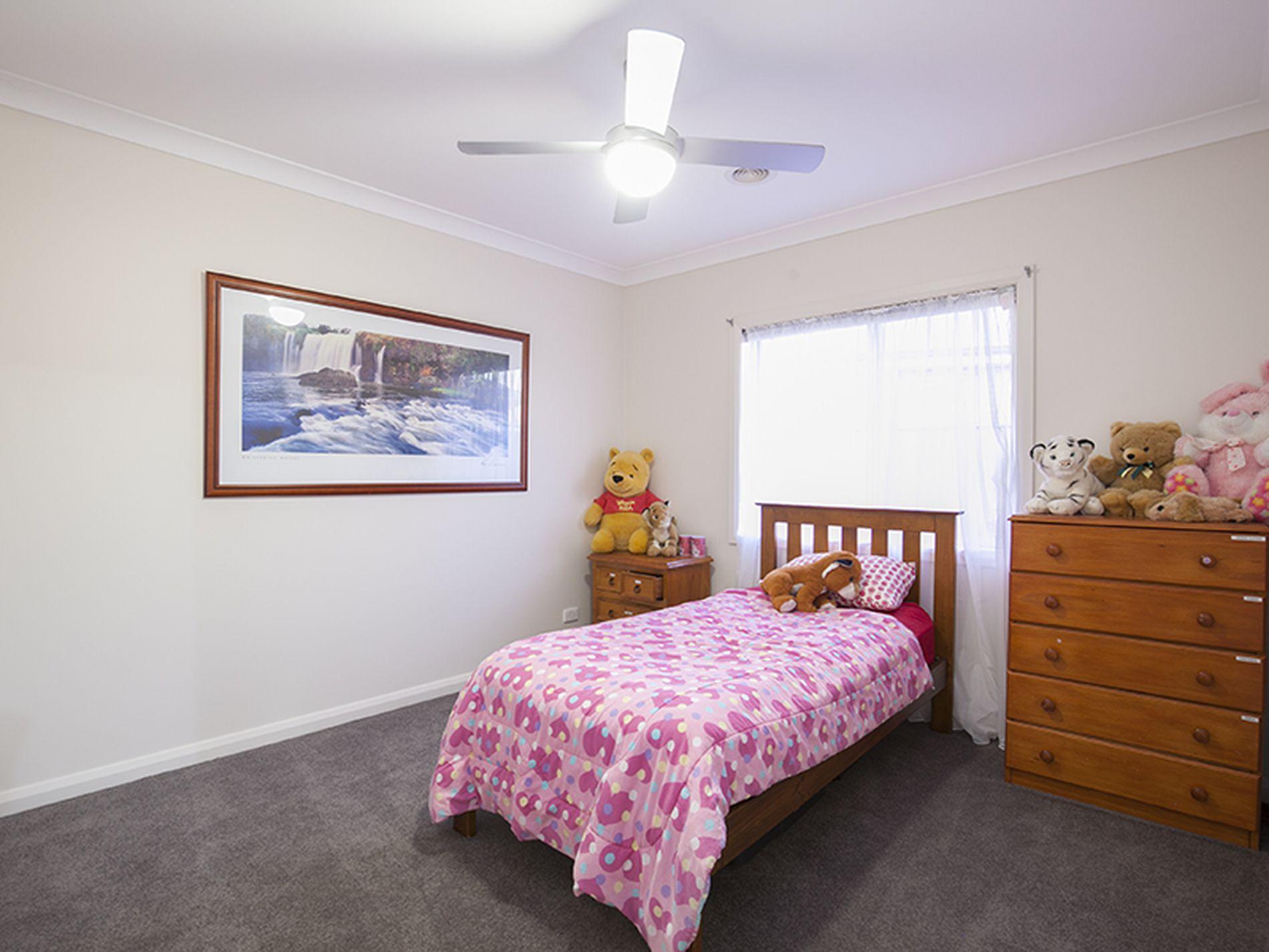 4 Fraser Court, Corowa