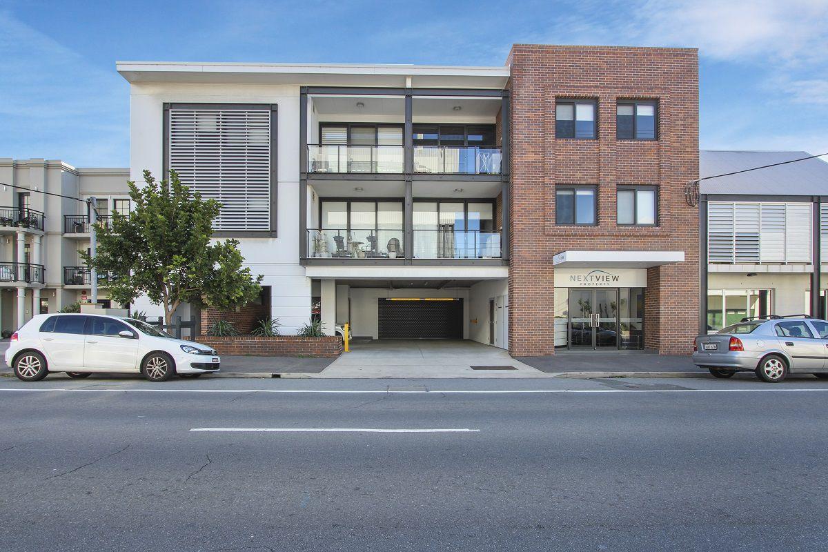 Cooks Hill Apartment