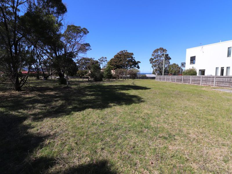 3 South Gateway, Mallacoota