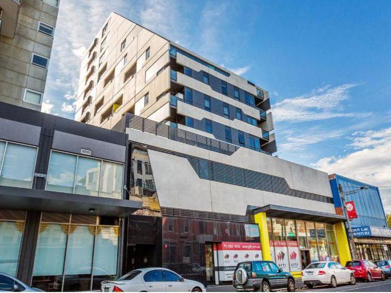 1101/240 Barkly Street, Footscray