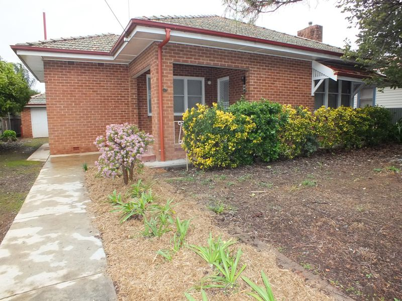 17 Maitland Street, West Wyalong