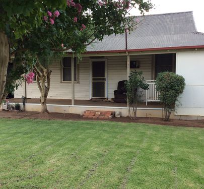 75 Murray Street, Finley