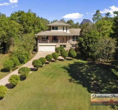 31 Clearview Drive, Glass House Mountains