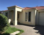 8 Almond Circuit, Munno Para West