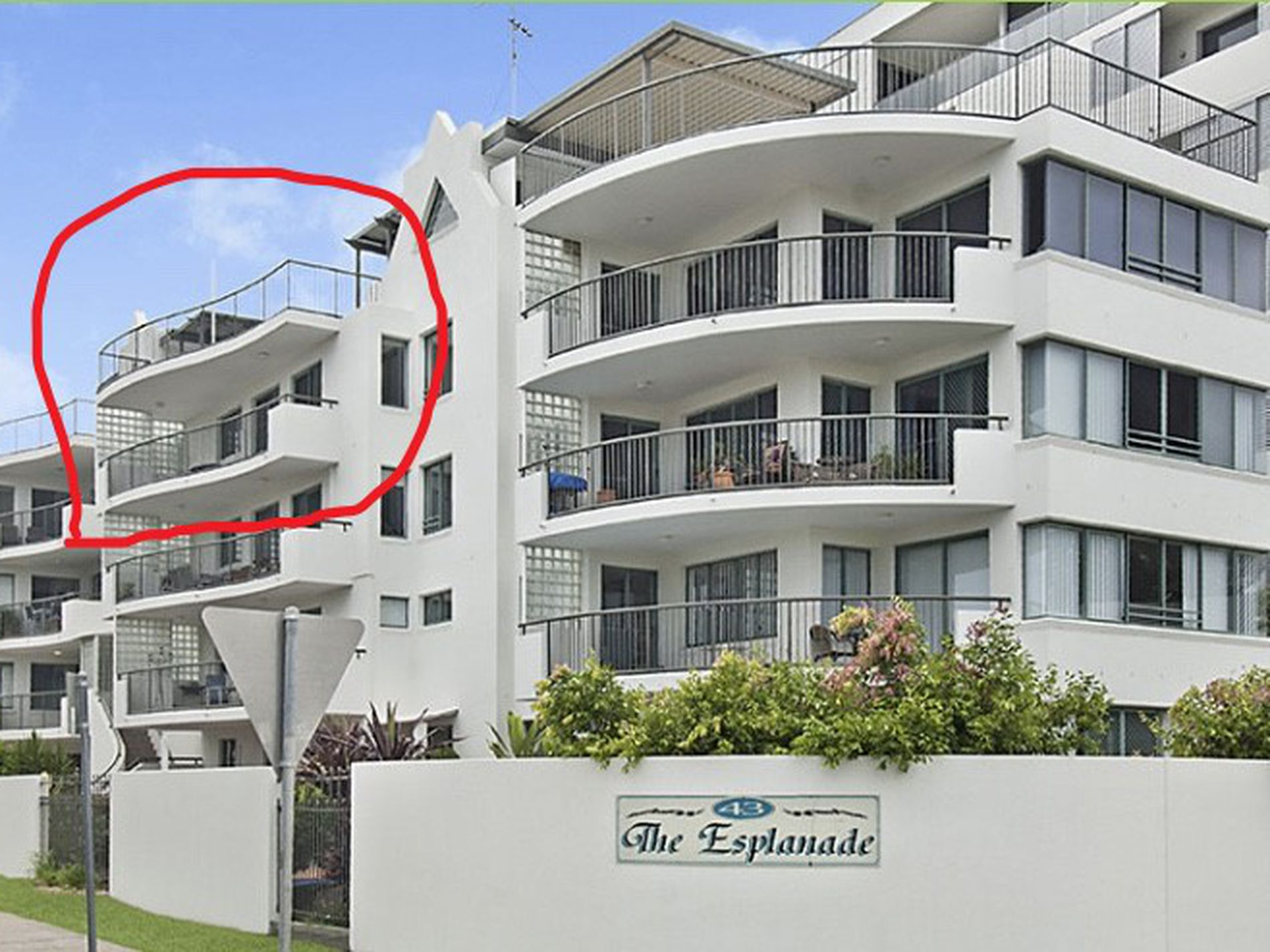 9 / 43 The Esplanade, Maroochydore
