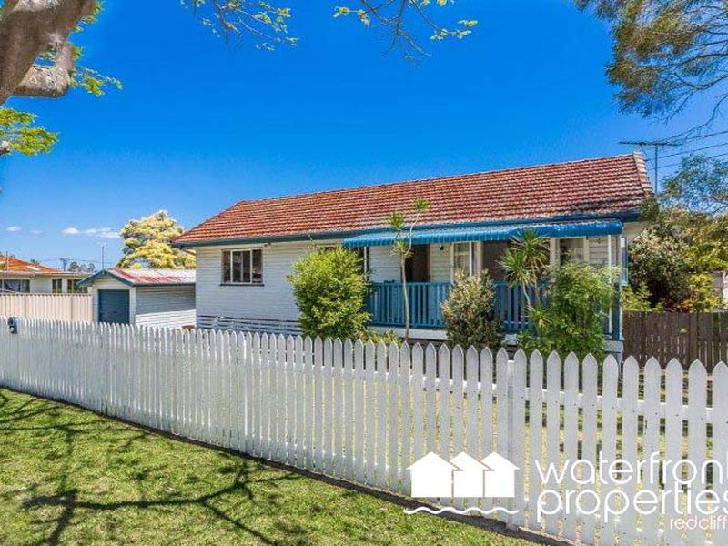 10 HOUGHTON AVENUE, Redcliffe