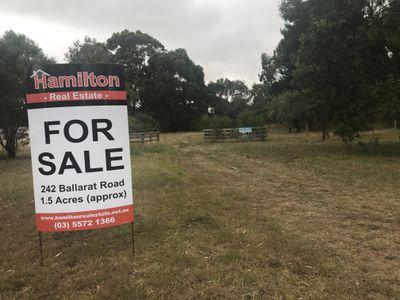 242 Ballarat Road, Hamilton