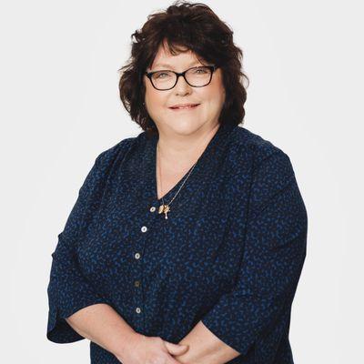 Debbie Howell