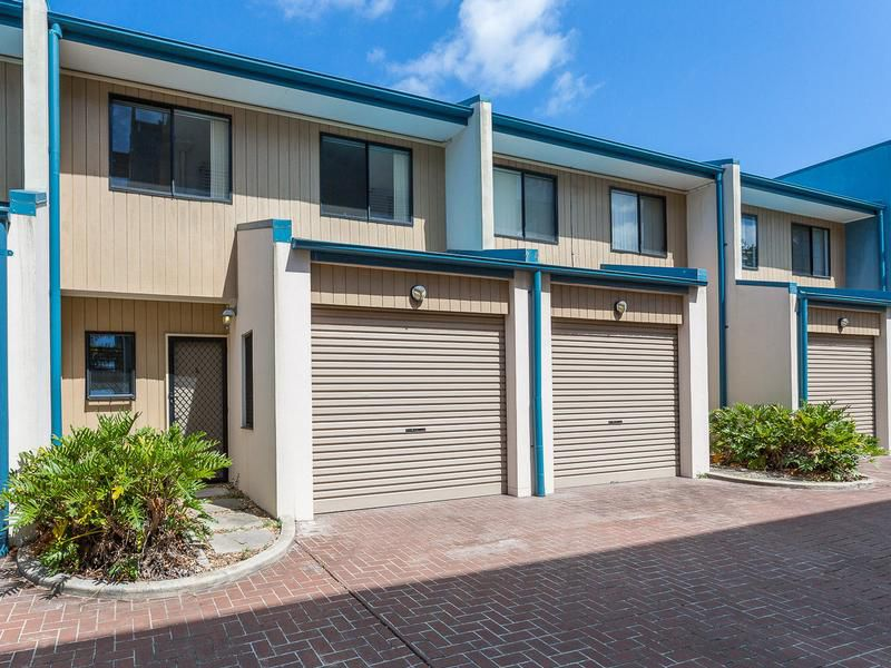 2 / 82 Mein Street, Scarborough