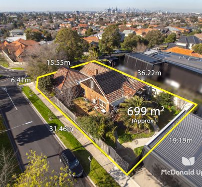 67 McCracken Street, Essendon