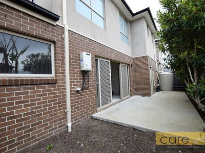 5 / 12-14 Kingsfield Crescent, Lynbrook