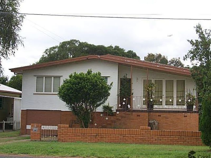 59 North Station Road, North Booval