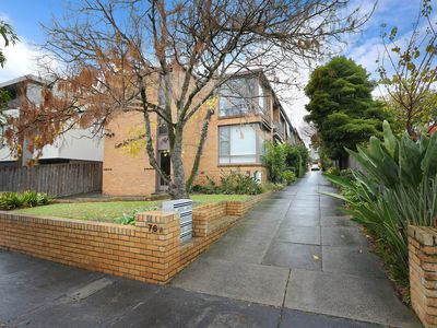 4 / 76A Campbell Road, Hawthorn East