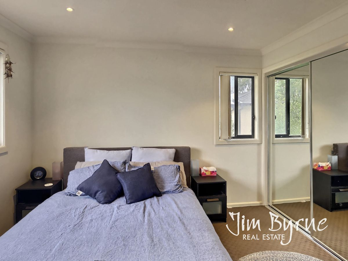 9 / 2 EDINBURGH DRIVE, Beaconsfield