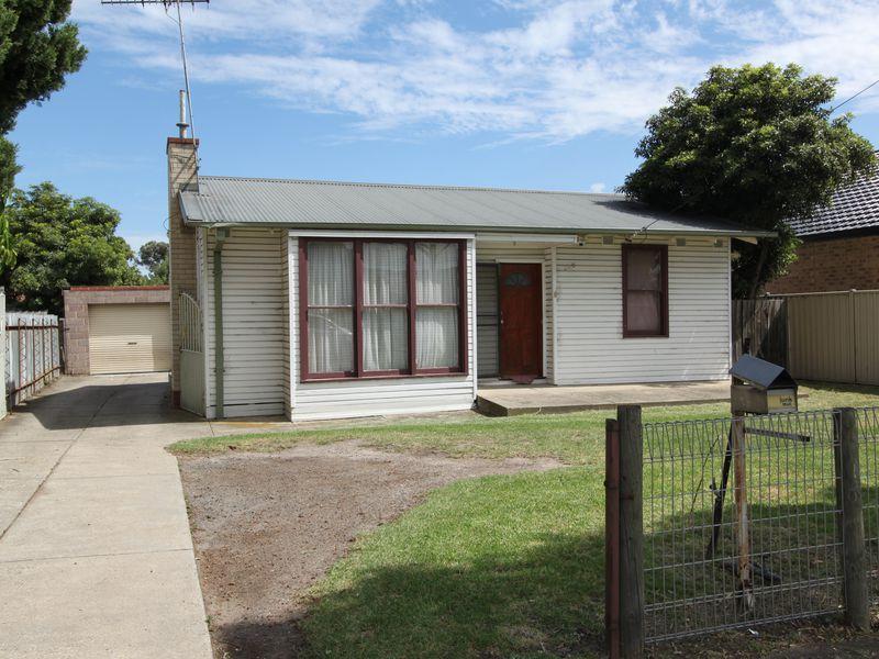 305 Ballarat Road, Braybrook