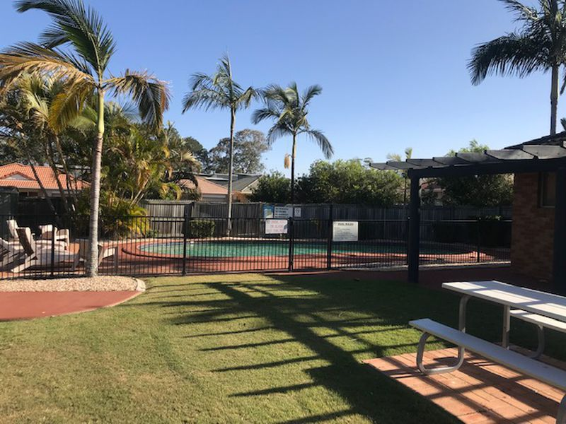 14 / 26  Stay Place , Carseldine