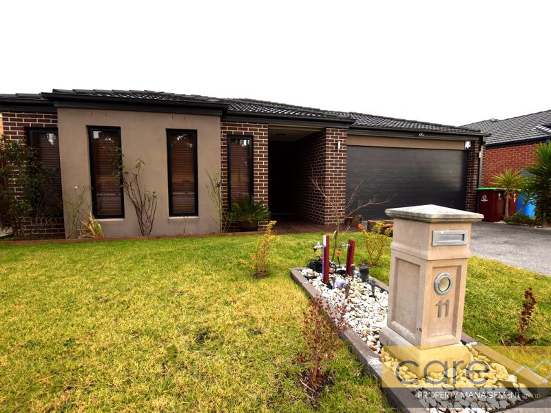 11 McMahon Avenue, Cranbourne North