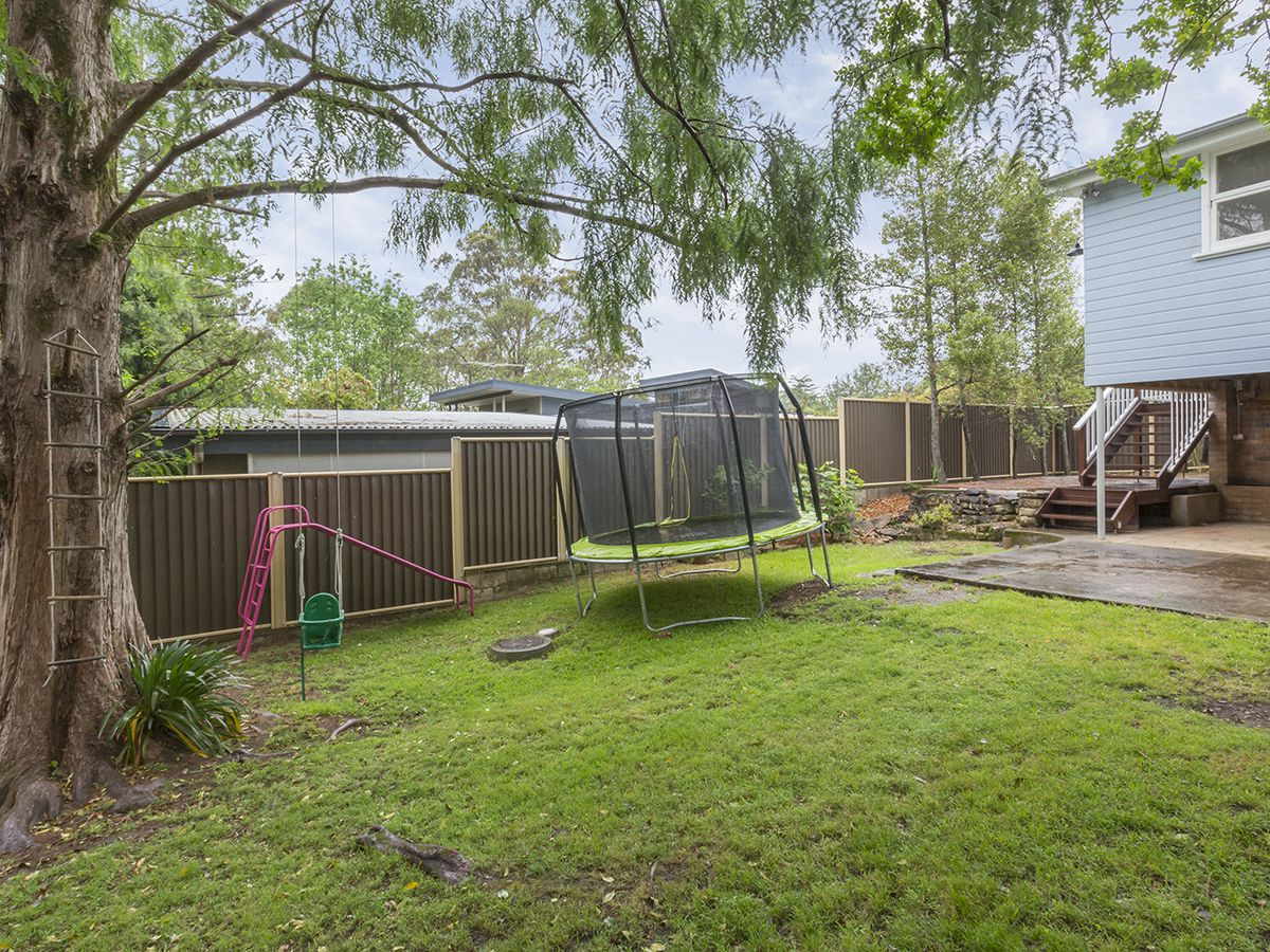10 Burns Road, Springwood