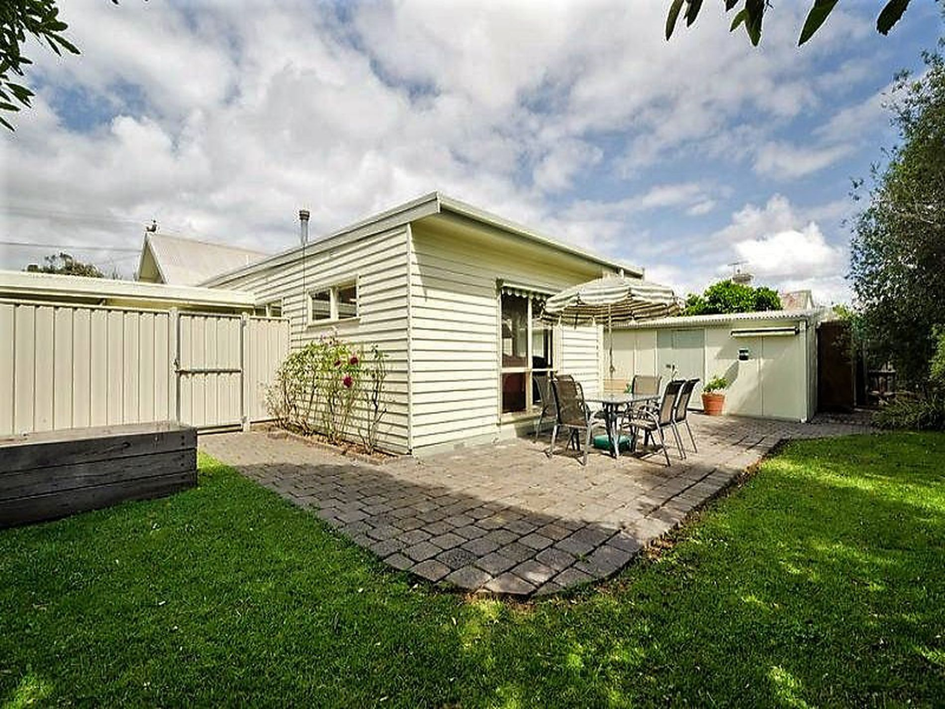 85 Railway Place, Williamstown