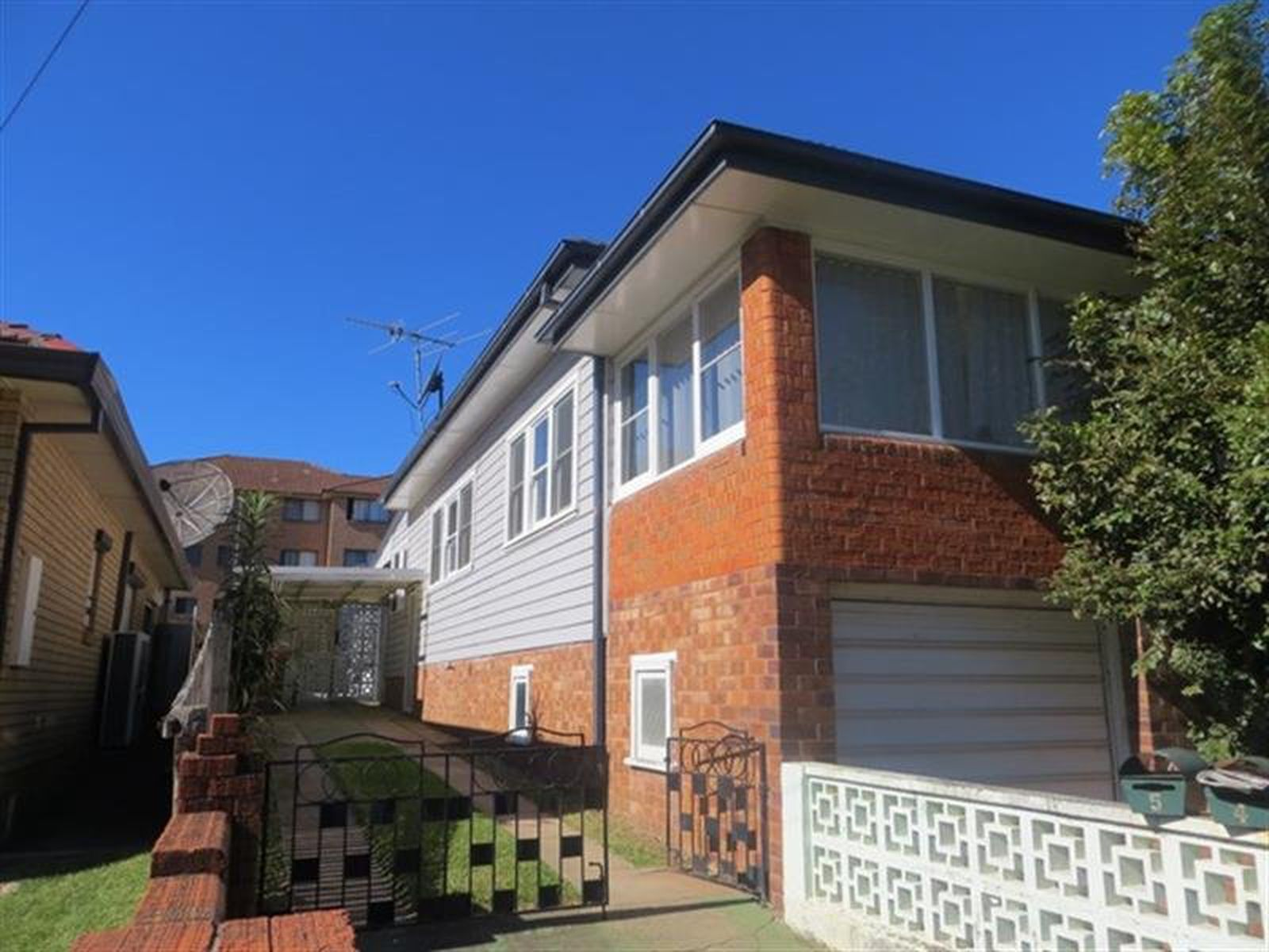 2 / 7 Keira Street, North Wollongong