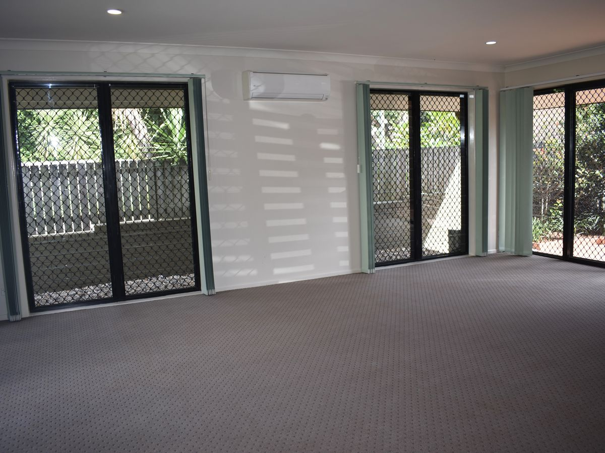2 Harts Road, Indooroopilly
