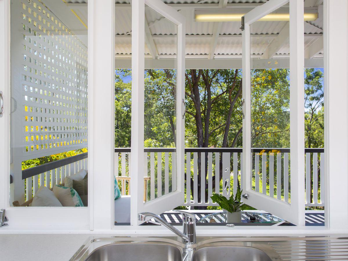 157 Birdwood Terrace, Toowong